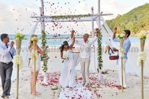 Phangan Beach Wedding Package : Luresha + Anton