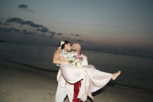 Phangan Beach Wedding Package : Ryan + Carl
