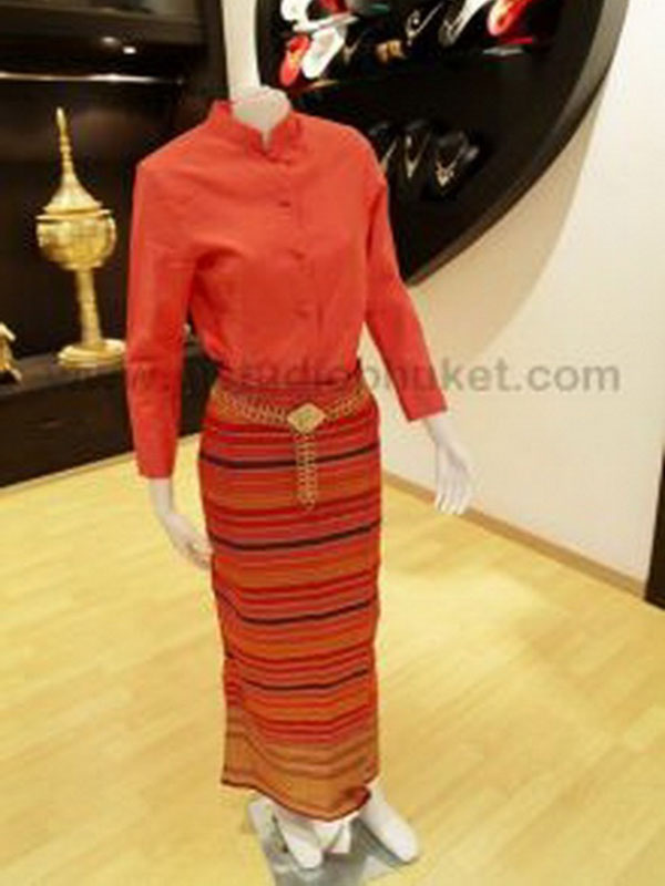 Female Thai Costume 055
