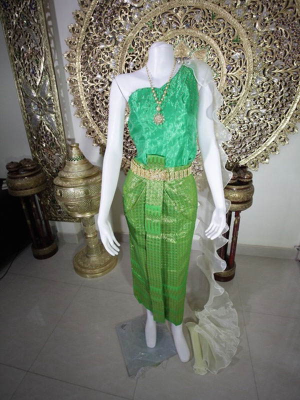 Female Thai Costume
