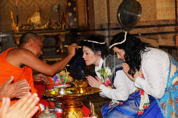 amBangkok Temple Same-Sex Marriage Blessing Package Afternoon