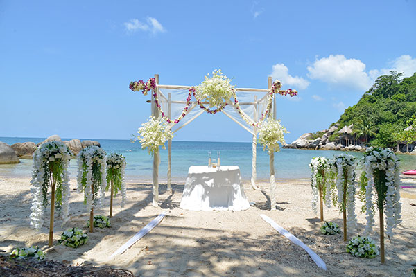 Beach wedding ceremony packages venue 01 pattaya thailand beach venue 002 beach venue junglespirit Gallery