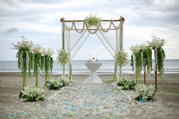 Beach wedding ceremony packages venue 01 pattaya thailand beach venue 007 beach venue junglespirit Gallery