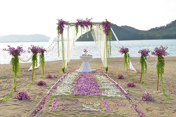 dream beach wedding reception images